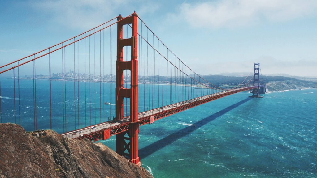 a photo of the golden gate bridge